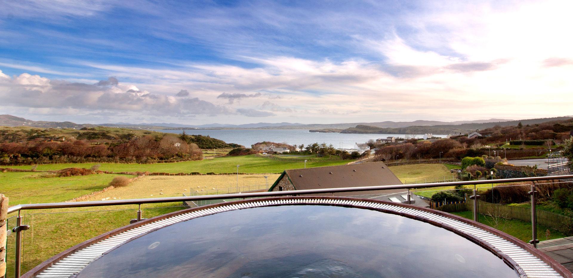Sea views, beautiful countryside & luxury spa